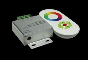 RGB  контролер с RF rainbow дистанционно (бяло)